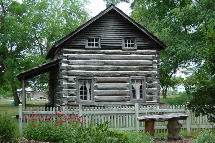 moon log cabin image